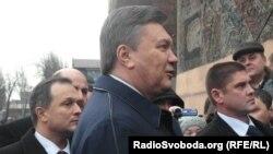 Президент України Віктор Янукович відвідав своє рідне місто Єнакієве, 6 грудня 2011 року