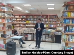 Deputatul PDA Igor Munteanu, la evenimentul de la Librăria din Centru