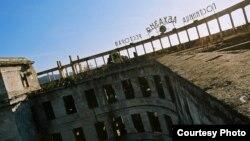 Проблема состоит в том, что сегодня нет достаточного контроля над реставрацией памятников архитектуры