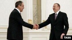 Ռուսաստանի ԱԳ նախարար Սերգեյ Լավրովը Բաքվում հանդիպում է Ադրբեջանի նախագահ Իլհամ Ալիևի հետ, 6-ը ապրիլի, 2016թ․