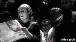 Нохчий а, гIалгIай а 1944-чу шарахь махкахбохуш яьккхинчу архиверчу филман тIера схьадаьккхина сурт.