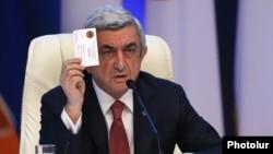 Президент Армении Серж Саргсян на 16-ом съезде правящей Республиканской партии Армении, Ереван, 26 ноября 2016 г.