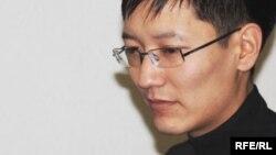 Журналист Өркен Кенжебек. Алматы, 18 қараша 2009 жыл.