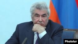 Armenia - Constitutional Court Chairman Gagik Harutiunian at a news conferene in Yerevan, 10Apr2014.