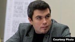 Бојан Маричиќ од Македонскиот центар за европско образование (МЦЕО).