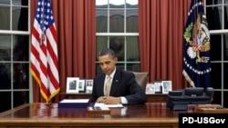 Сайловнинг эртасигаëқ¸ Обама Оқ уйга қайтиб¸ ўзи ваъда қилган ишларни охирига етказишга киришди.