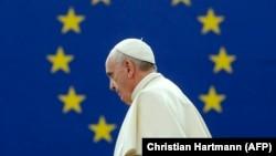 Հռոմի Պապ Ֆրանցիսկոս, արխիվ