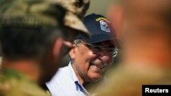 Американскиот секретар за одбрана Леон Панета, Кабул 07.06.2012.