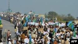 ډ پاکستان د مذهبي ګوندونو پلویان