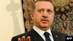 Saudi Arabia -- Turkish Prime Minister Recep Tayyip Erdogan speaks during a press conference in Jeddah, 20Jan2010