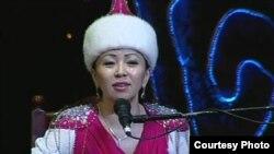 Айтыскер Айнұр Тұрсынбаева. Шымкент, 15 наурыз 2013 жыл.