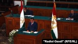 20 апреля, президент обращается к парламенту
