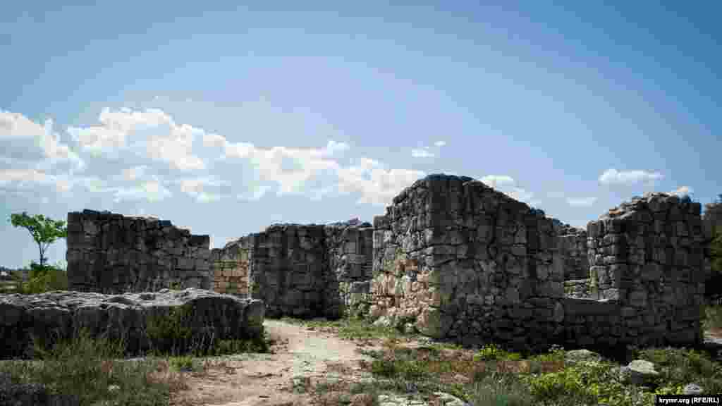 Храм Богородиці Влахернської в Карантинній балці