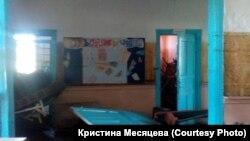 Школа в деревне Евдокимова после наводнения