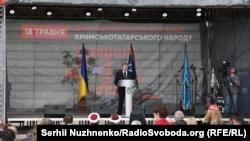 Петр Порошенко на акции памяти жертв геноцида крымскотатарского народа в Киеве, 18 мая 2018 года