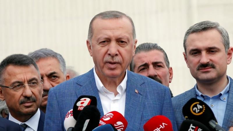 Erdogan Says Hopes To Persuade Trump To Back Off S-400 Punishment