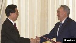 Ху Џинтао, Нурсултан Назарбаев