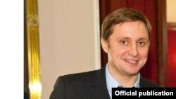 Сергій Федотов