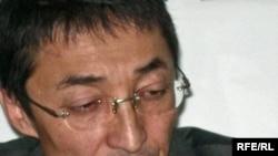 Нұрлан Бейсекеев, «Қазатомпром» ұлттық компаниясының бұрынғы президенті Мұхтар Жәкішевтің адвокаты. Алматы, 7 қыркүйек 2009 жыл.