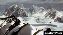 Pamje e akullnajave Siachen në pjesën veriore të Pakistanit.