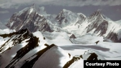 The Siachen Glacier where the avalanche occurred is said to be the world's highest battlefield. (file photo)
