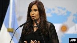 Аргентинскиот претседател Кристина Киршнер