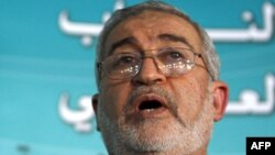 Iraq -- Member of Parliament Ayad al-Samarrai at a press conference in Baghdad, 26Nov2008