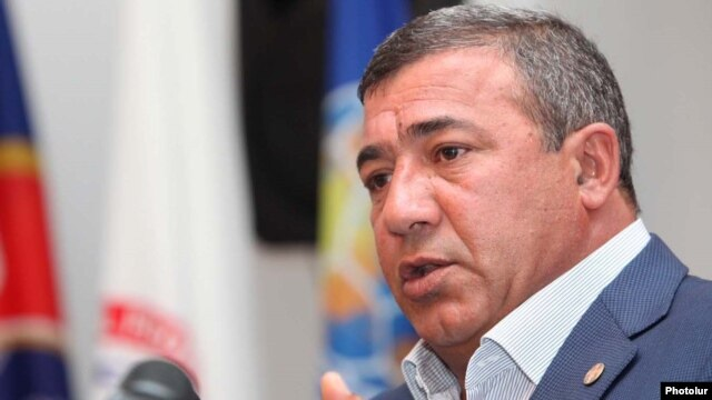 Armenia - Businessman Ruben Hayrapetian at a news conference in Yerevan.