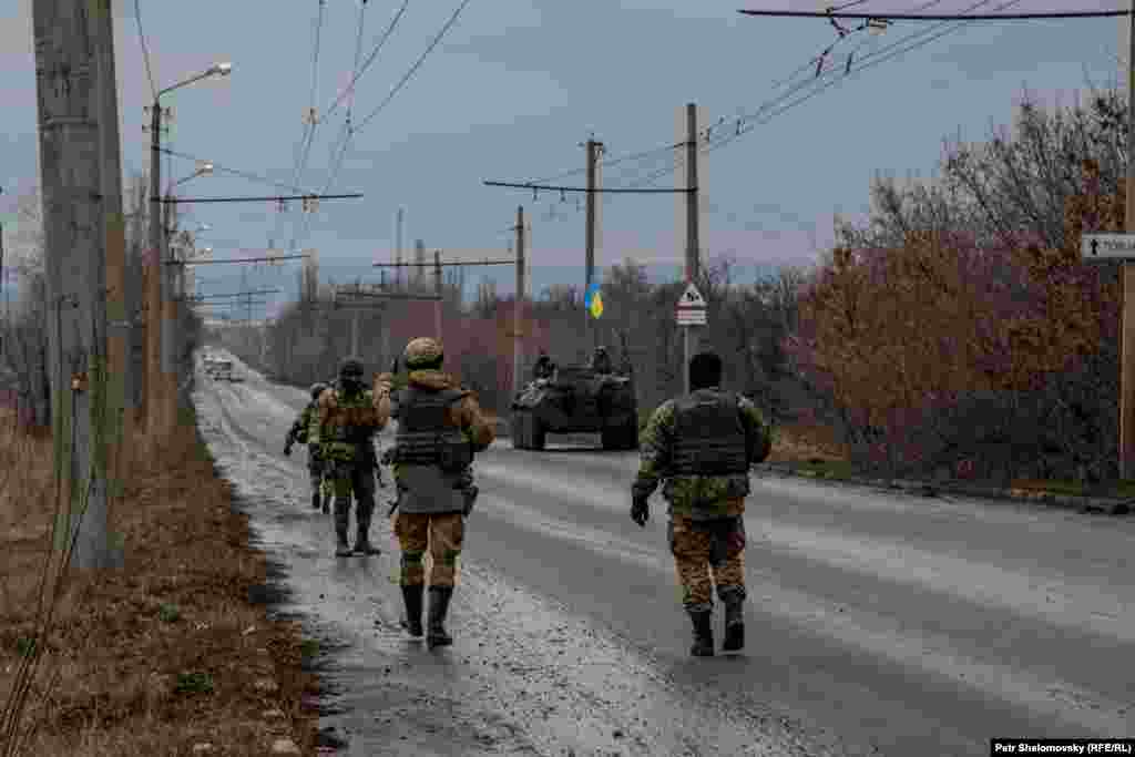 Українські військовослужбовці поблизу Артемівська