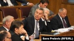 Premijer Milo Đukanović na jednoj od sjednica Skupštine Crne Gore