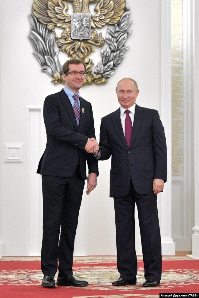 Николай Луганский после вручения ему награды Владимиром Путиным