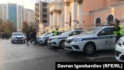 Автомобили Патрульной службы милиции на церемонии запуска службы. Бишкек, 31 октября 2019 года.