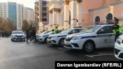 Автомобили УПСМ во время церемонии запуска службы. Бишкек, 31 октября 2019 года.