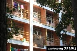 Общежитие Казахского национального университета имени аль-Фараби (КазНУ) в Алматы.