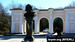 Пам'ятник Тарасу Шевченку в Сімферополі