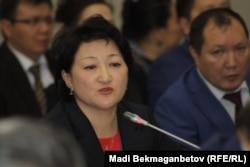 Директор департамента по делам культуры и искусства министерства культуры и спорта Актоты Райымкулова.