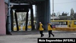 Пятый день муниципальные автобусы не выходят на тбилисские маршруты