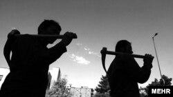 کارگران فصلی در تهران در انتظار کار، عکس تزئینی است