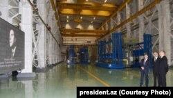 İlham Əliyev Transformatorlar zavodunun açılışında, Bakı, 11.01.2016