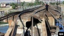Саакашвили не возражает против восстановления железной дороги в Абхазию, но параллельно с процессом восстановления территориальной целостности Грузии