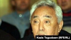 Писатель Кабдеш Жумадилов. Алматы, 9 января 2012 года.