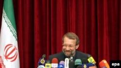آقای لاريجانی معتقد است که قطعنامه عليه ايران، سند مهمی نيست