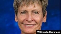 Астронавт США Пегги Уитсон