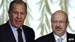 Ламберто Дзаннієр (п) і Сергій Лавров під час зустрічі у Москві, Росія, 25 квітня 2017 року