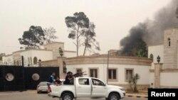 Бои в Триполи возле здания Национального конгресса. Май 2014 года