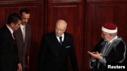 الرئيس السبسي يتسلم مهامه في 31 ديسمبر 2014