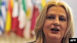 Ministrja e dialogut, Edita Tahiri