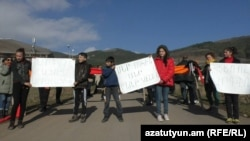 Armenia - Residents of Mghart and Ardvi villages protest against a mining company, 1Dec2017.