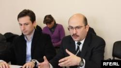 Ника Лалиашвили (справа)