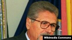 Președintele Emil Constantinescu